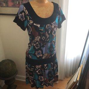Diane Von Furstenberg fun graphic 100% silk dress